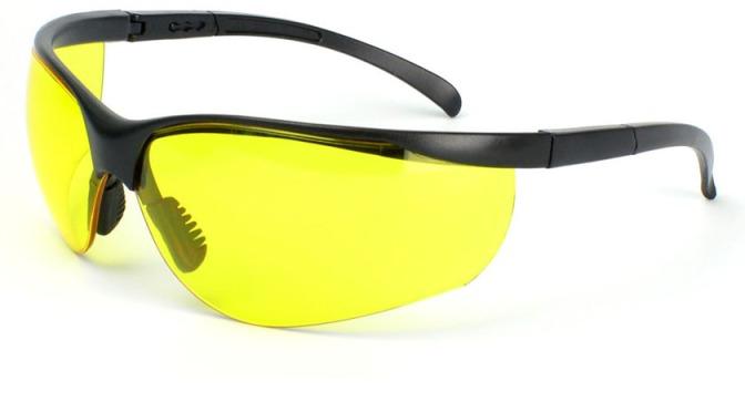 TIP: manejar con lentes amarillos