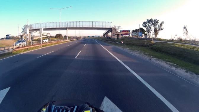 Maniobra para evitar vehículos largos